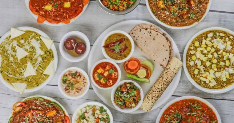 Top 10 Traditional Dishes You Must Try When You Are In India